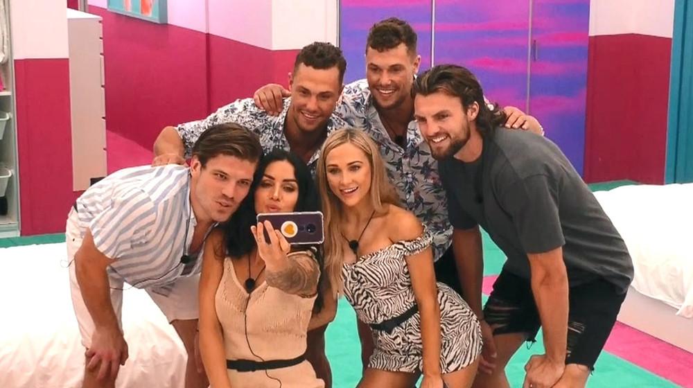 li.au love island s2 big pic contestants
